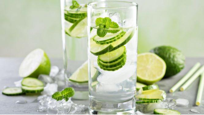 gin, tonic, okurka, gin koktejly, martini