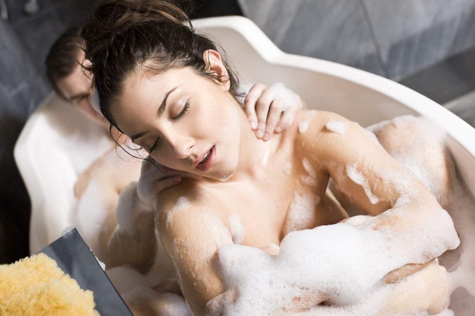 sex u vody eroticke video